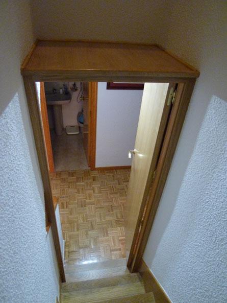 Puerta para escalera