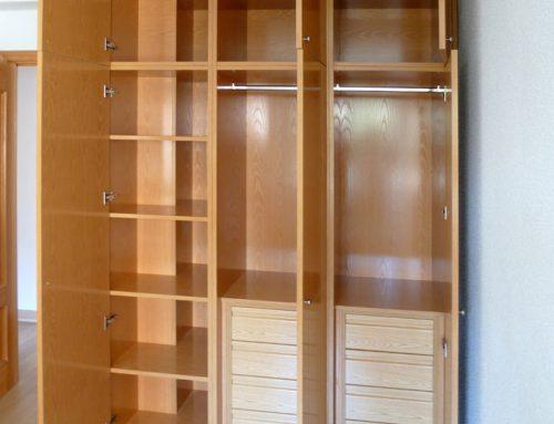 Fabricación de armario plastificado en tono roble