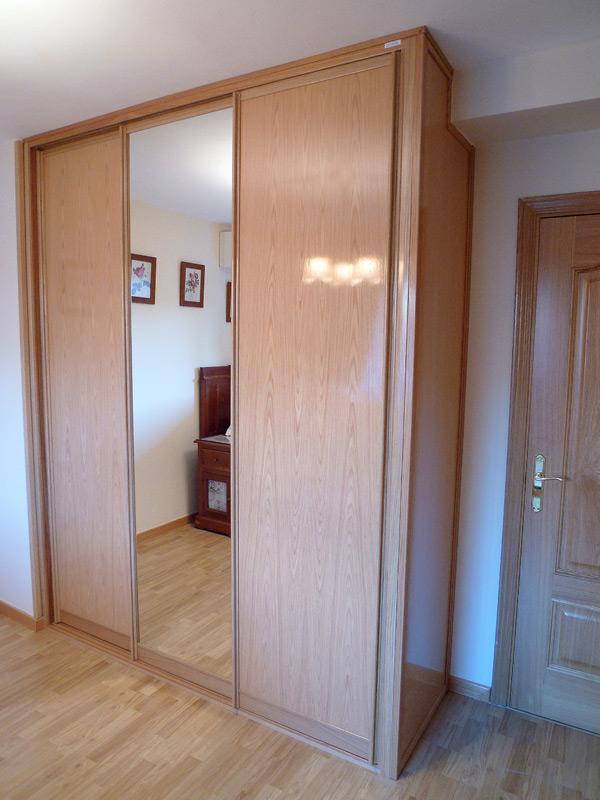 Puertas correderas en armario