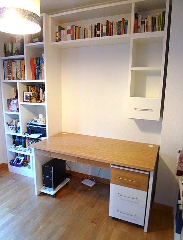Escritorio y librería para dormitorio