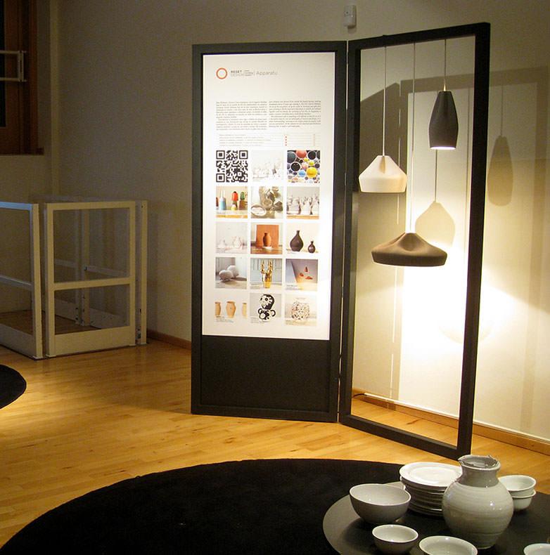 Expositores para exhibir objetos