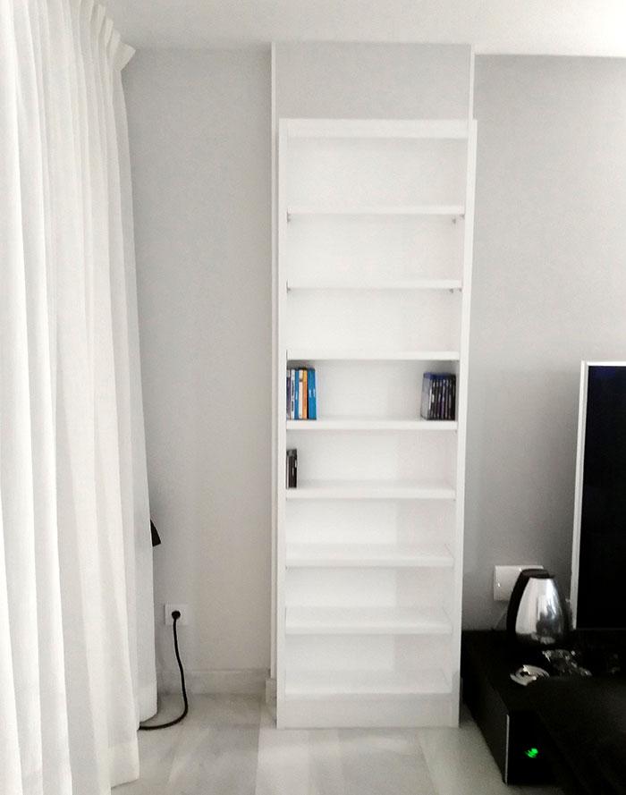 Librería blanca