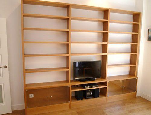 Mueble bajo escalera y zapatero ebanisteria manuel kuperman - Librerias salon ...