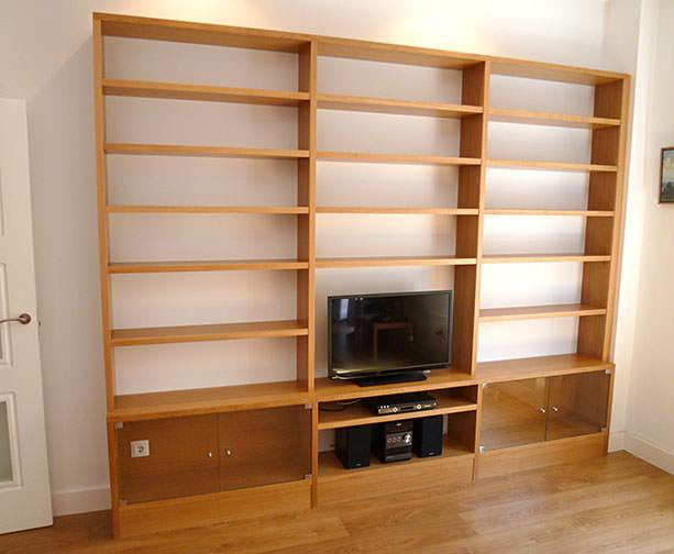 Librería para salón con tv