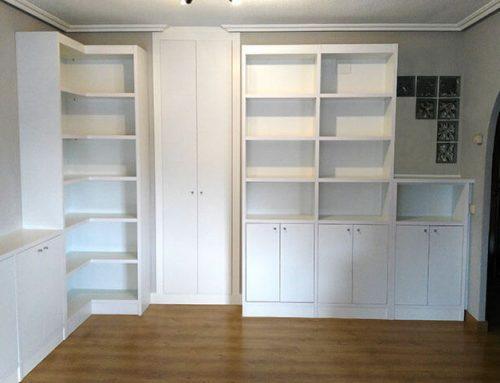 Muebles a medida blancos para salón