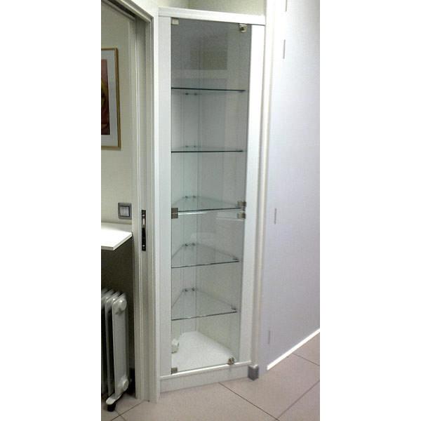 Cristalero con puertas independientes